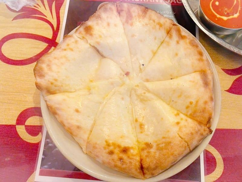 JAGAのチーズナン